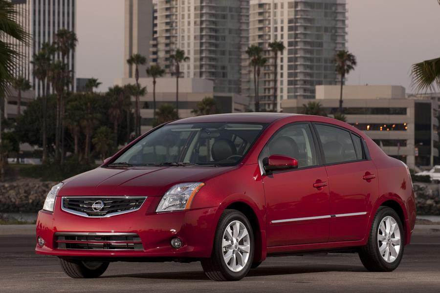 2012 Nissan Sentra Reviews Specs And Prices Cars Com