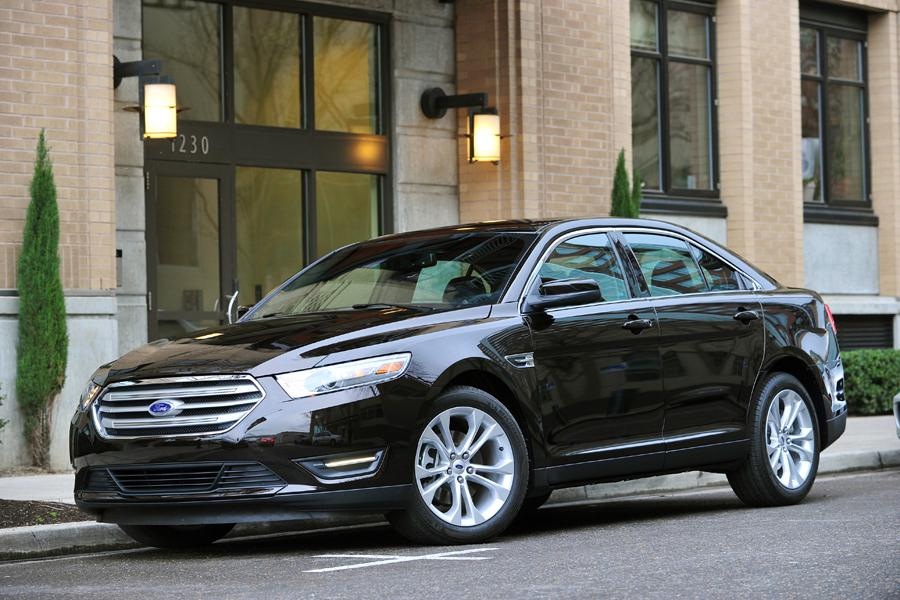 2013 ford taurus reviews specs and prices. Black Bedroom Furniture Sets. Home Design Ideas