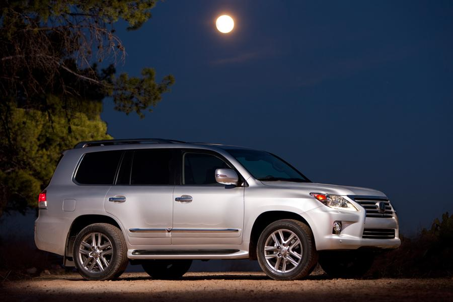 2013 lexus lx 570 reviews specs and prices. Black Bedroom Furniture Sets. Home Design Ideas