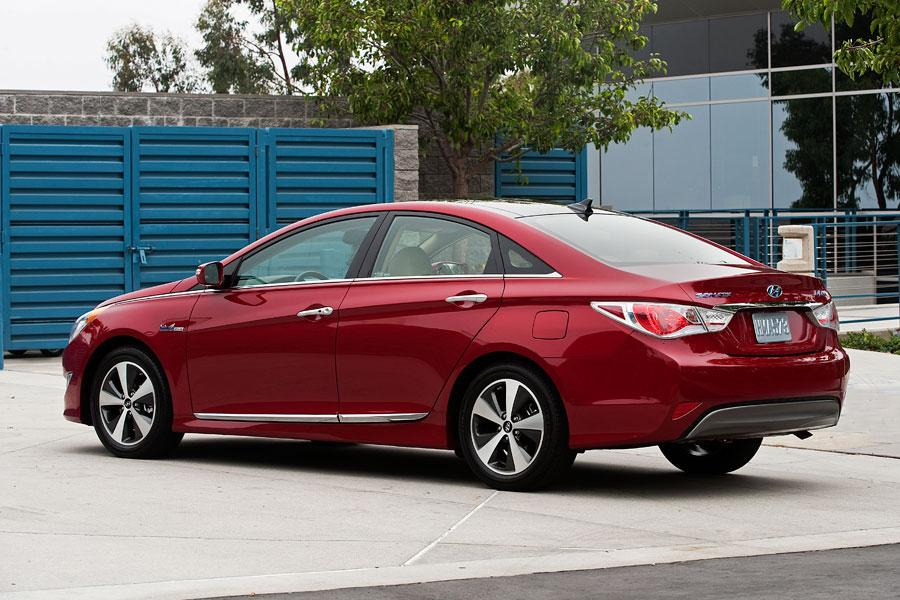 2012 Hyundai Sonata Hybrid Reviews Specs And Prices