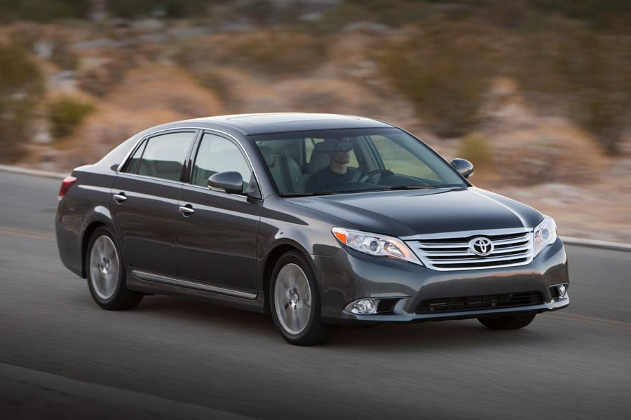 2012 Toyota Avalon Reviews Specs And Prices Cars Com