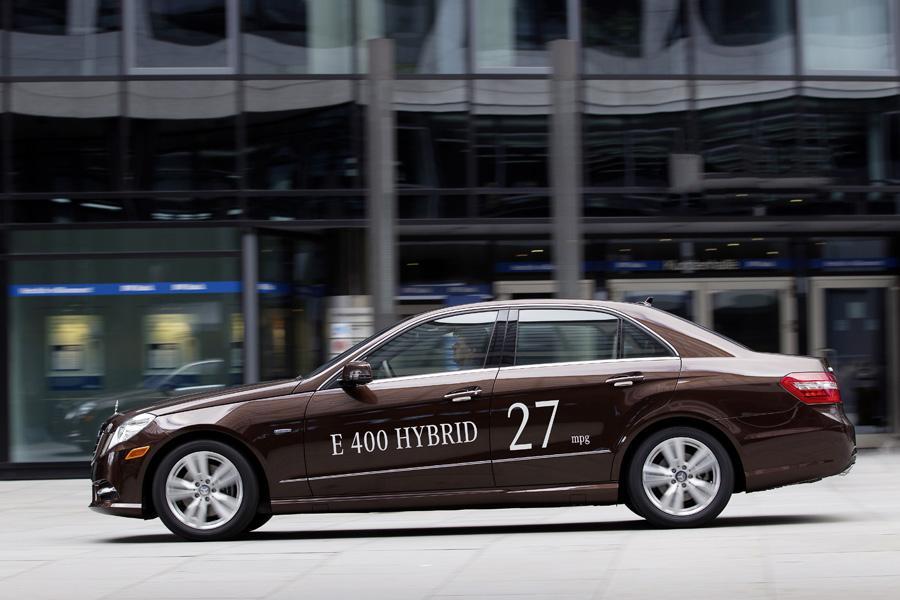 2013 mercedes benz e class specs pictures trims colors for Mercedes benz e class specifications