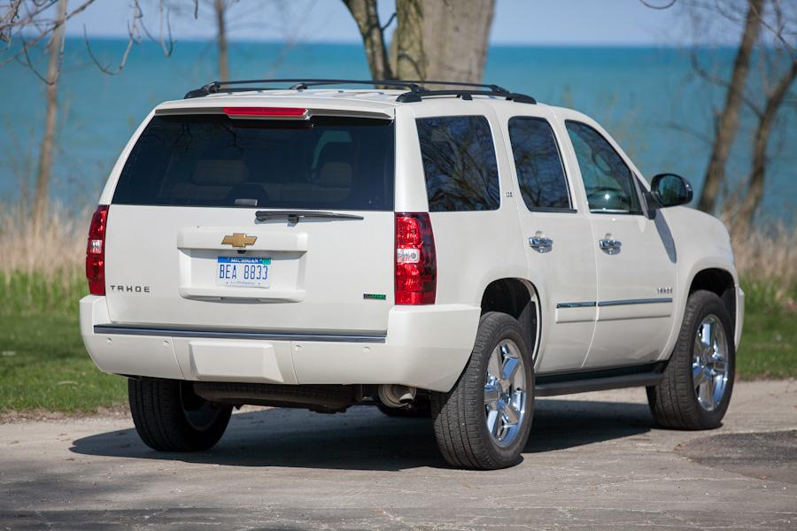 2012 chevrolet tahoe reviews specs and prices. Black Bedroom Furniture Sets. Home Design Ideas