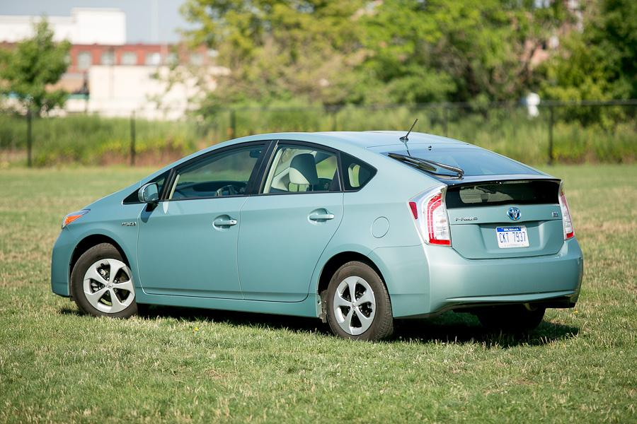 2012 Toyota Prius Reviews Specs And Prices Cars Com