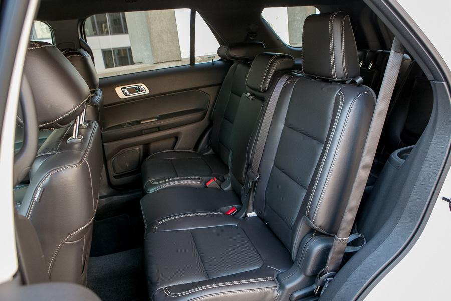 2013 ford explorer reviews specs and prices. Black Bedroom Furniture Sets. Home Design Ideas