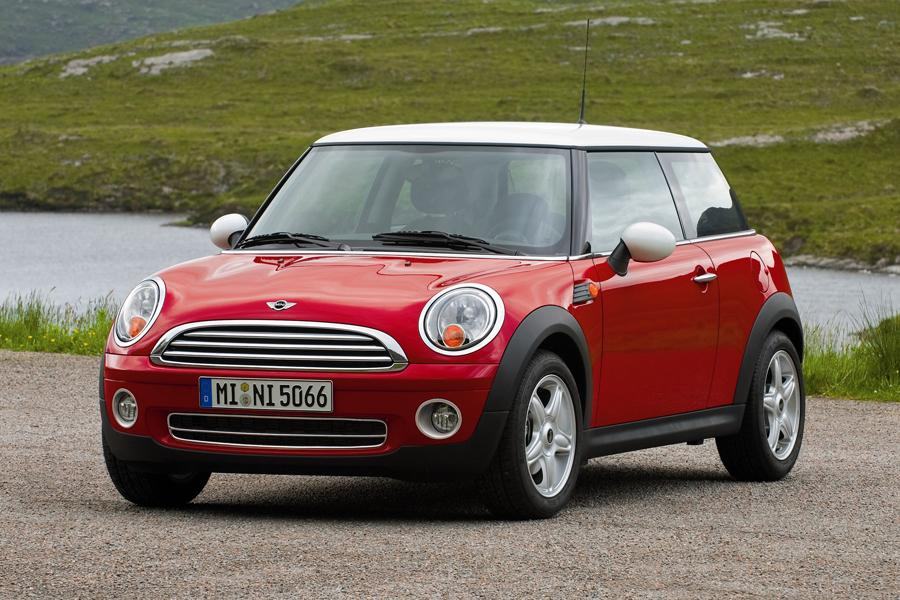 Car Seat Recall >> MINI Cooper Hatchback Models, Price, Specs, Reviews | Cars.com