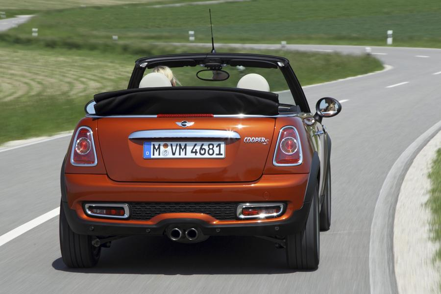 2012 mini cooper s reviews specs and prices. Black Bedroom Furniture Sets. Home Design Ideas