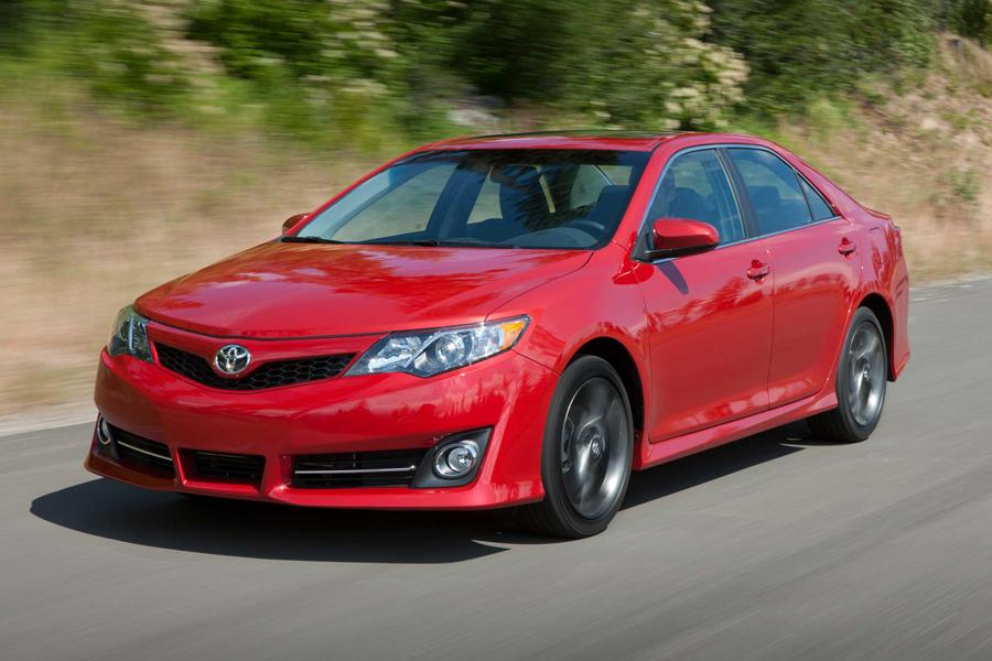 2013 toyota camry specs pictures trims colors. Black Bedroom Furniture Sets. Home Design Ideas