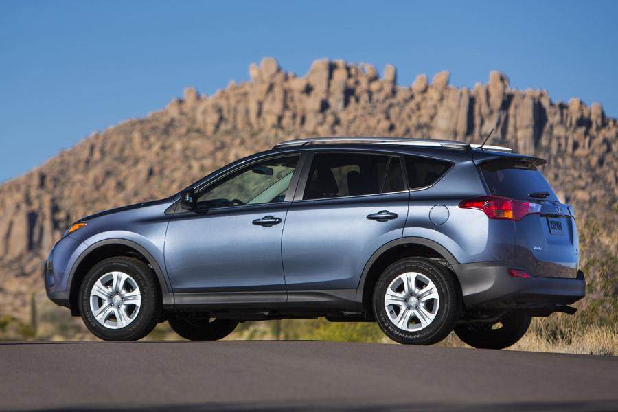 2013 Toyota Rav4 Reviews Specs And Prices Cars Com