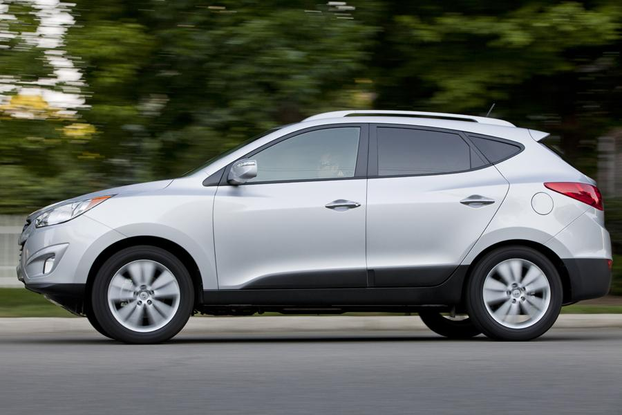2013 hyundai tucson reviews specs and prices. Black Bedroom Furniture Sets. Home Design Ideas