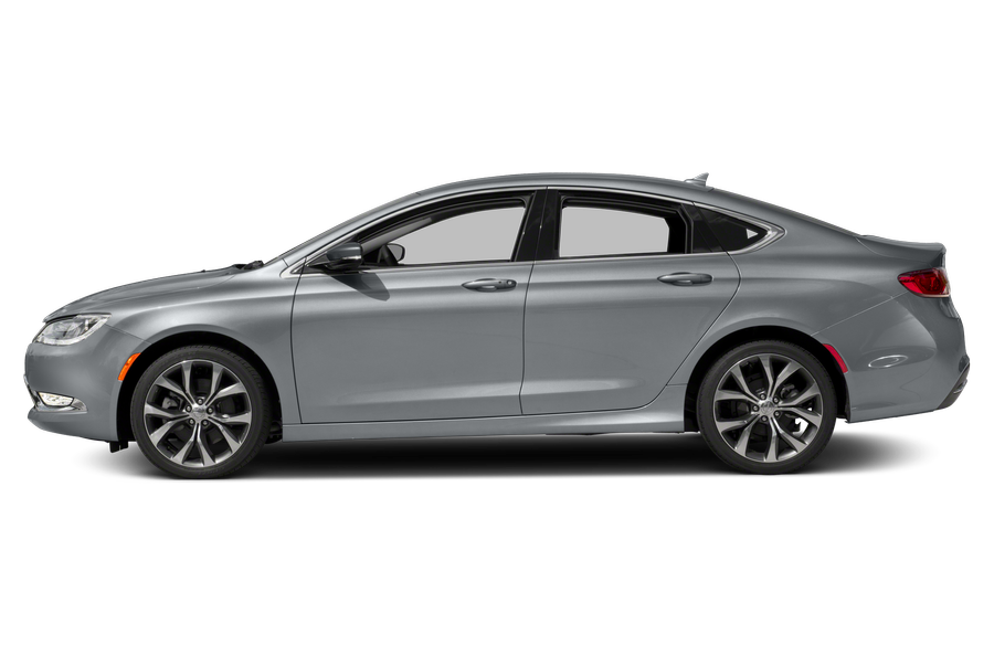 Chrysler 200 Mpg >> 2016 Chrysler 200 Overview | Cars.com