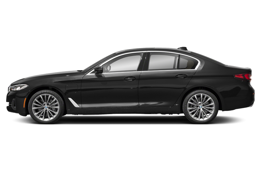 2021 BMW 530e exterior side view