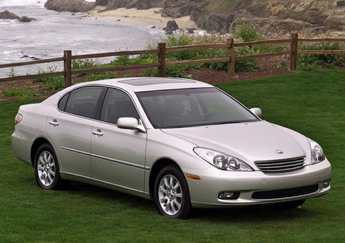 lexus es 300 sedan overview. Black Bedroom Furniture Sets. Home Design Ideas