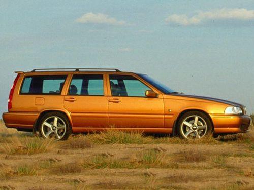 1999 Volvo V70 Overview