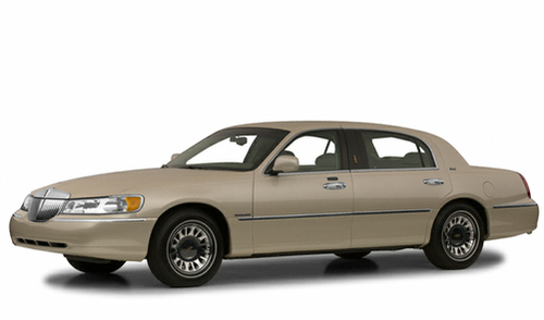 2001 Lincoln Town Car For Every Turn There S Cars Com