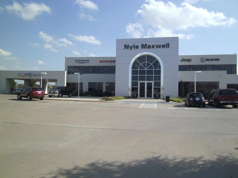 Nyle Maxwell Pre Owned Supercenter Austin Tx Cars Com