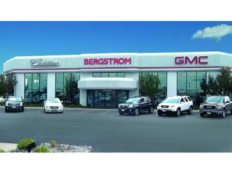 Bergstrom Green Bay >> Bergstrom Buick Gmc Cadillac Of Green Bay Green Bay Wi Cars Com