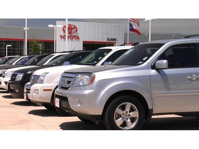 Alamo Toyota  San Antonio TX  Carscom