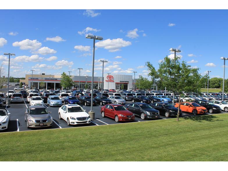 Toyota Cedar Rapids >> Cedar Rapids Toyota Hiawatha Ia Cars Com