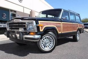1988 Jeep Grand Wagoneer 4WD