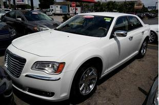 2016 Chrysler 300C Base
