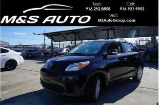 2014 Scion xD Base