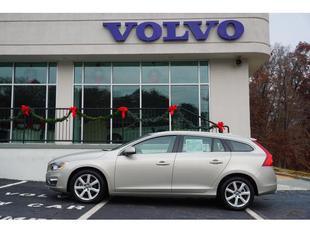 2017 Volvo V60 T5 Platinum
