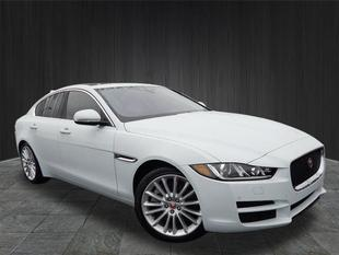 2017 Jaguar XE 35t First Edition