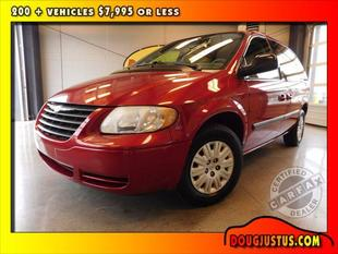 2005 Chrysler Town & Country 4dr SWB FWD