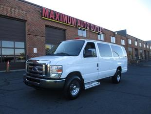 2013 Ford E350 Super Duty XLT