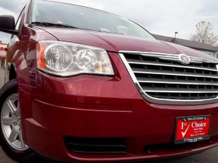 2010 Chrysler Town & Country New LX