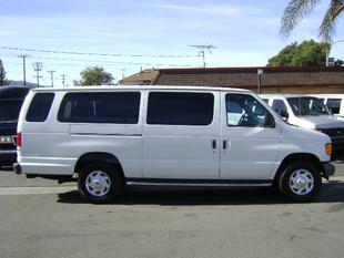 2006 Ford E350 Super Duty XL Extended Wagon