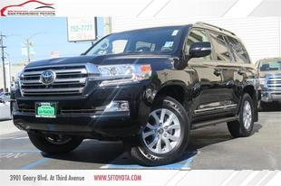 2017 Toyota Land Cruiser V8