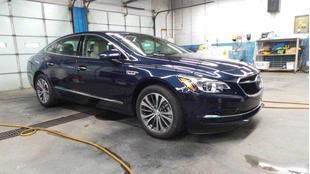 2017 Buick LaCrosse Preferred (1SB) / Essence (1SL) FWD