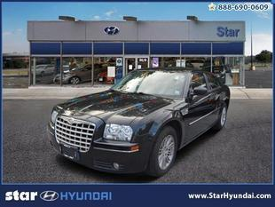 2009 Chrysler 300 Base