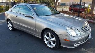2005 Mercedes-Benz CLK320