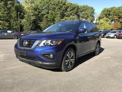 New 2017 Nissan Pathfinder SL