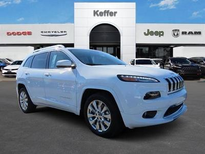 New 2017 Jeep Cherokee Overland
