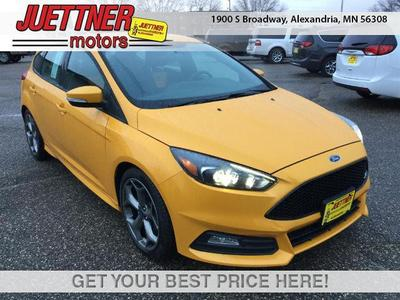 New 2016 Ford Focus ST Base