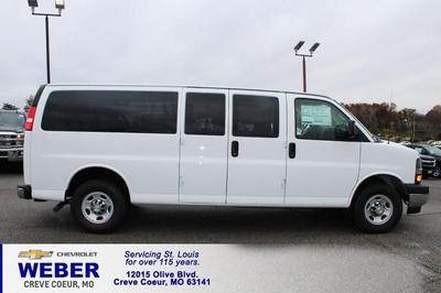 New 2017 Chevrolet Express 3500 LT