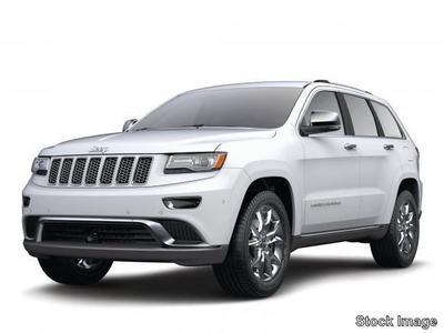 New 2017 Jeep Grand Cherokee Laredo