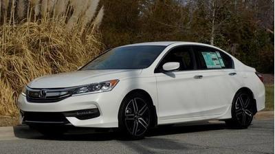 New 2017 Honda Accord Sport
