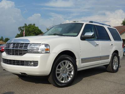 Used 2013 Lincoln Navigator Base