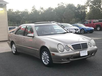 Used 2000 Mercedes-Benz  E320