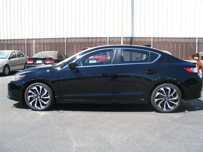 2017 Acura ILX w/Technology Plus/A-SPEC Pkg