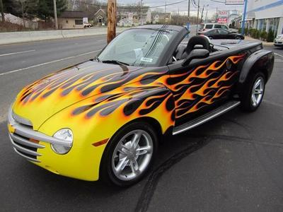 Used 2004 Chevrolet SSR Base
