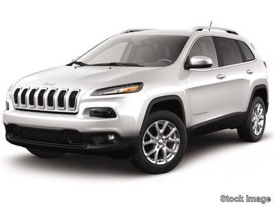 New 2017 Jeep Cherokee Latitude