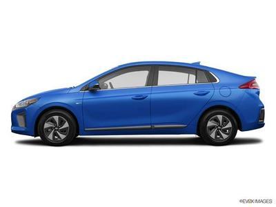 New 2017 Hyundai IONIQ Hybrid SEL