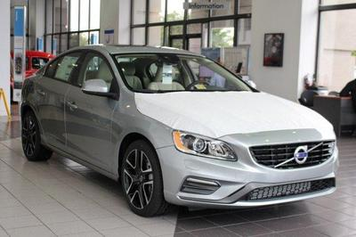 New 2018 Volvo S60 Dynamic