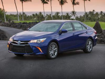 New 2017 Toyota Camry Hybrid XLE